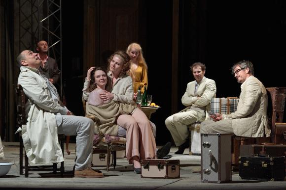 A Cseresznyéskert lesz a kolozsvári színház első bemutatója: a pandémia ösztönözte a darabválasztást