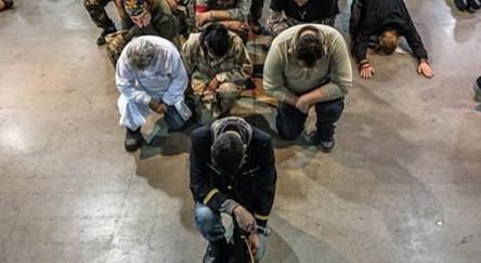 Bocsánatot kértek az amerikai hadsereg õslakosok elleni bûneiért az Álló-sziklához érkezõ veteránok