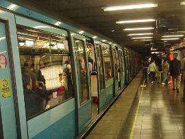 K�t �ven bel�l 60%-ban meg�jul� energi�kkal m�k�dik majd Santiago de Chile metr�ja