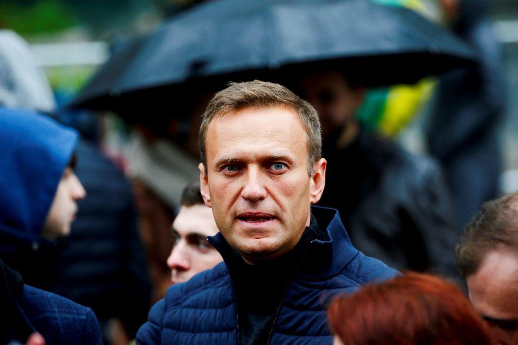Az orosz hatóságok őrizetbe vették Navalnij közeli munkatársait is