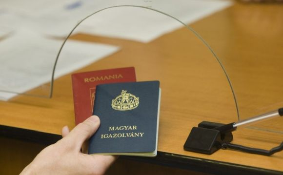 Egyre sürgetőbb kérdéssé válik a turizmus miatt az EU oltási útlevele