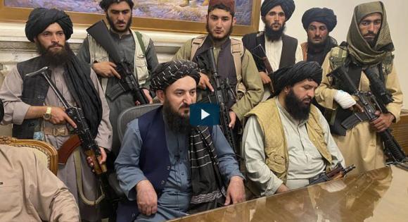 Új korszak kezdődött Afganisztánban: már a tálibok irányítanak