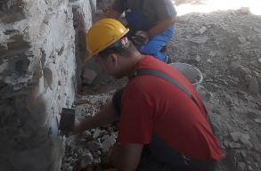 Épített-örökség helyreállító szaktábort tartanak a bonchidai Bánffy-kastélyban