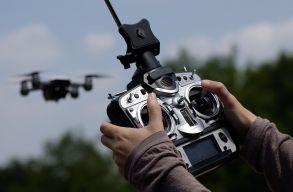 Drónok segítségével ültetnek fákat Kanadában