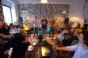 Ismét Slam Poetry Showcase-szel jelentkezik a Bajnokok Legalja