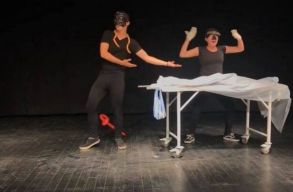 A héten naponta 2 elõadással is jelentkezik online a sepsiszentgyörgyi Andrei Mureșanu Színház