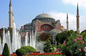 Erdogan elrendelte: mecset és ne múzeum legyen a Hagia Sophia!