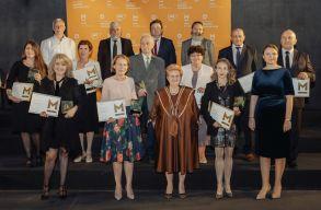 Mentorok a közösségért: tizenegy éve díjazza az oktatókat a MOL