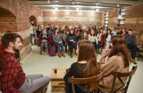 11 meghívottal jelentkezik a Blogdíler új évada