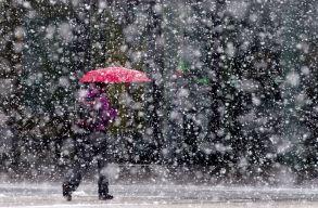 Havazásra, havas esõre és jegesedésre lehet számítani a következõ napokban