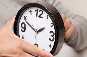 Ne felejtsd el hajnalban átállítani az órádat