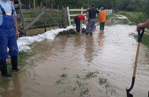 Székelyföldet is érintik a hétfõn kiadott árvízriasztások