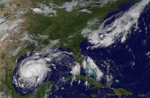 Az évtized hurrikánja közeledik az Egyesült Államok felé