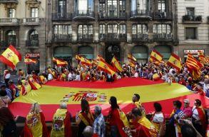 Visszavág a spanyol szenátus: megszavazták a katalán kormány feloszlatását