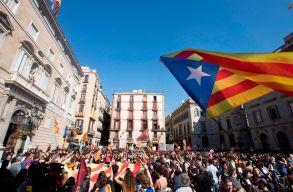 Elõrehozott parlamenti választásokat tartanak ma Katalóniában