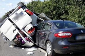 Romániai gépkocsik baleseteztek Magyarországon