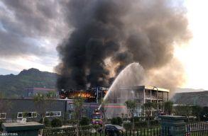 Hatalmas robbanás történt egy kínai vegyi üzemben, többen meghaltak