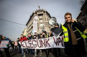 Ismét tüntettek Magyarországon a túlóratörvény ellen