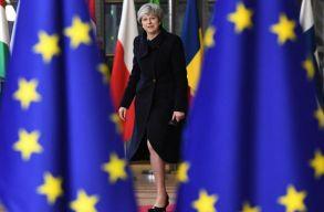 """Theresa May """"csak"""" rövid halasztást kér az EU-tól"""