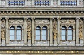 A Magyar Tudományos Akadémia nem adja magától a kutatóintézet-hálózatot