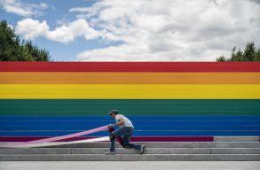 Az Amerikai Pszichoanalitikus Társaság bocsánatot kért, amiért a homoszexualitást mentális betegségként tartották nyilván