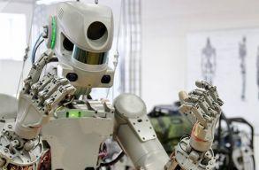 Ember alakú robottal a fedélzetén startolt a Nemzetközi Ûrállomásra egy orosz ûrhajó