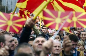 Áprilisban elõrehozott választásokat tartanak Észak-Macedóniában