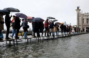 Több mint ötven éve nem volt akkora árvíz Velencében, mint most