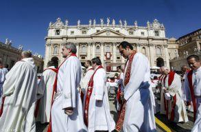 The Wall Street Journal: magára költi a Vatikán az elesettek megsegítésére felajánlott adományokat