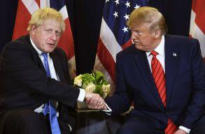 Trump gratulált Johnsonnak, és erõs kereskedelmi megállapodást ígért