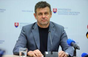 Solymos László szlovák környezetvédelmi miniszter részegen randalírozott egy étteremben, ezért lemondott