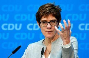 Rendkívüli elnökválasztó kongresszust tart áprilisban a német Kereszténydemokrata Unió