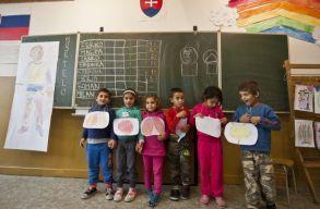 A szlovákiai iskolákban senkit sem lehet idén megbuktatni a koronavírus miatt