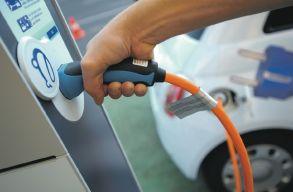 Töltõállomásokat létesít Kolozsvár önkormányzata elektromos autók számára