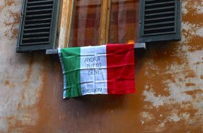 Olaszországban ezer alá csökkent a kórházban kezelt fertõzöttek száma