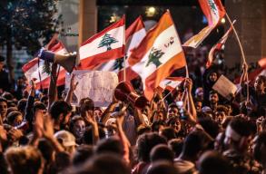 A kormány lemondása után sem csillapodnak az indulatok Libanonban