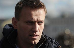 Navalnij idõnként már betegágyát is el tudja hagyni