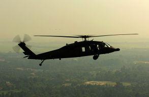 Rávilágított az elemlámpával a helikopterre, börtönre ítélhetik miatta