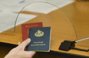 Egyre sürgetõbb kérdéssé válik a turizmus miatt az EU oltási útlevele