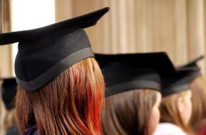 Jóváhagyta egy bíróság, hogy egy amerikai egyetem kötelezõvé tette az oltást a diákjai és a munkatársai számára