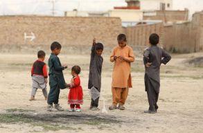 Afganisztánban a tálib kormány kizárta a lányokat a középiskolai oktatásból