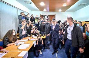 Babis cseh miniszterelnök beismerte vereségét, de nem zárta ki, hogy ismét kormányfõi megbízatást kap