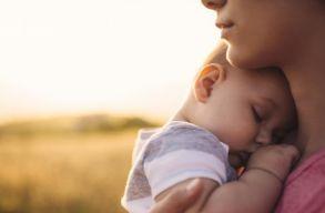 Még mindig Romániában a legmagasabb a tinédzser korú anyák aránya az EU-ban