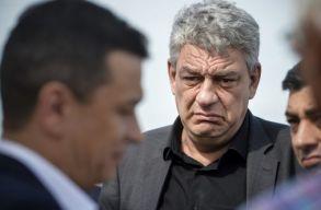A román kormány a magyar kormány keménykedése miatt nem tesz semmit a katolikus líceum ügyében?