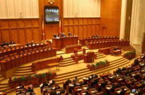 Elfogadta a képviselõház a családon belüli erõszak visszaszorításáról szóló törvény módosításait