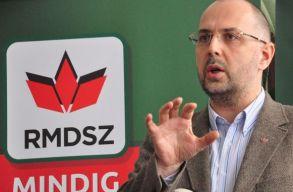 Kelemen Hunor: nem a pártoskodás a fontos, hanem elvi alapokon történõ politizálás