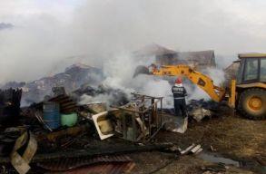 Négy ház égett le Poklostelkén