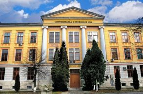 Elsõ fokon elutasították az egykori Gyulafehérvári Római Katolikus Fõgimnázium épületének a visszaszolgáltatását