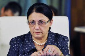 Johannis aláírta Andronescu tanügyminiszteri kinevezését