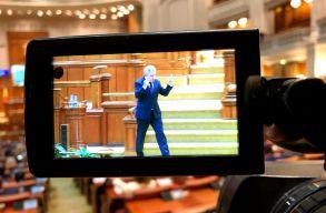 Iordache bocsánatot kért, amiért beintett a parlamentben